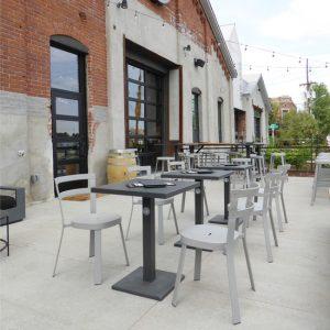 Lock Outdoor Restaurant Patio Table Ideas 2
